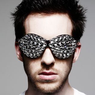 Calvin Harris - Live @ Electric Daisy Carnival (New York) - 19-05-2012