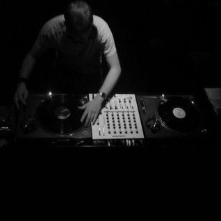 In Vinyl Veritas (live 'warm up' vinyl mix 2011)