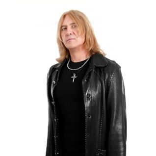 Joe Elliott on DYKJ? RADIO SHOW on 6/30/2013