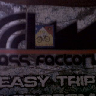 Easy Trip - House or Techno (Jun 2012)