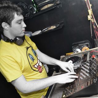 EduardB - Evolution  - Radio USV 28.02.2012 [Dj Octavianno GuestMix]