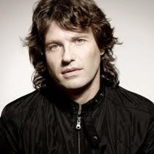 Hernan Cattaneo - Delta 90.3 FM - Episode 233 - 24-Oct-2015