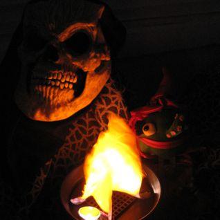 Linda Leigh sez Happy Halloween!