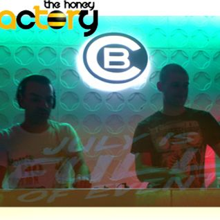 The Honey Factory ( THF ) live  @  Cacao Beach _16_July_2013