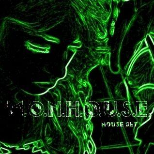 M.O.N.H.O.U.S.E. set house 2015