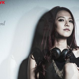 Present eDm mix by DJ April Tang