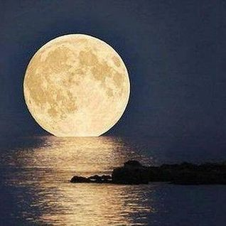 Deep House Full Moon Mix 2014 Vol. I