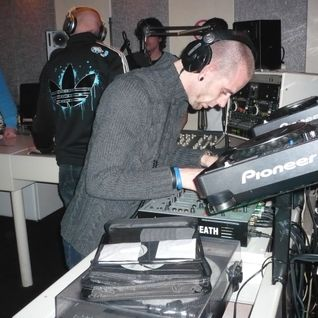 Brainwash vs Bullit live @ Thunderdome radio 14/12/2011