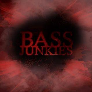 LH // ME 201531 // Bass Junkies // Crossbreed, DnB, Hardcore