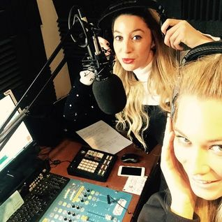 Lexie Carducci and Emily Biggs talking Fashion, TV and great music