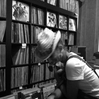 I Love Vinyl Radio, Episode 15 with Natasha Diggs