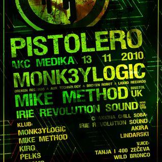 Zmayo vs Pelks - live dj set - Pistolero - AKC Medika - 13-11-2010
