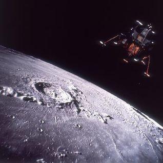 Landing on the Moon 30-07-2013