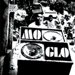 Mo' Glo - November 2010
