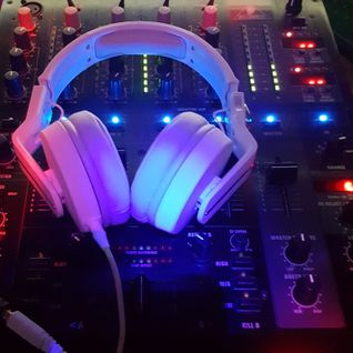 WastedDeep - Presents Go Vocal House Mix [02.12.16]