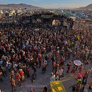 Simon Shackleton - Live at DISTRIKT, Burning Man 2014
