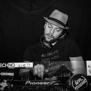 D.U.B.E Collabs invites Tone @ Radio Hi-Tec (NL) (7sept 2014)