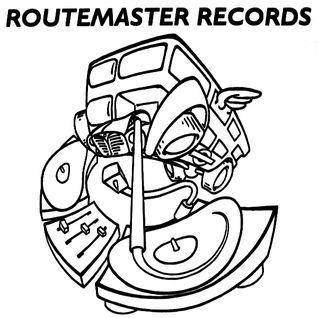 DJ No Comment!!! Three Techno Turntables