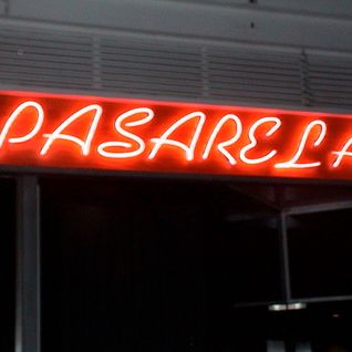Pasarela Agsto 2002 Set Ricardo Adriasola
