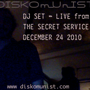 DISKOmUnIST Live @ The Secret Service December24 2010