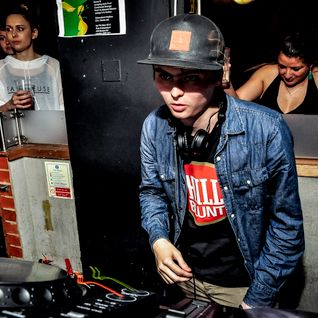 Command Strange & Deefa MC - Liquid V Basement Funk @Plan b  Live