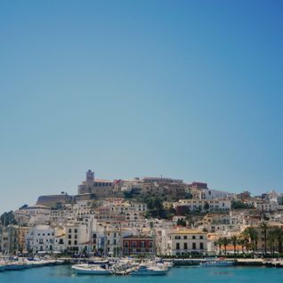 City Guide: Chris Coco presents Ibiza (100% local mix)