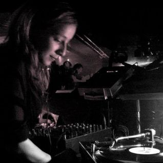 Liz Copper (Teknet # Risk) Mix @ Radio Sensations - 14 mars 2012