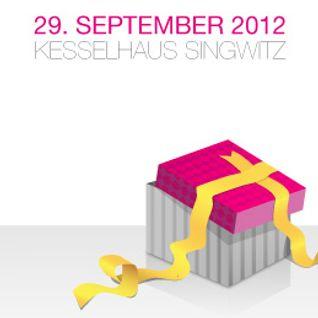 "Compact Grey - DJ Set at ""Floor Freude"" Kesselhaus Singwitz (SAT Sep 29, 2012)"