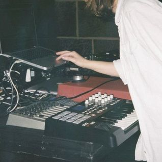 Violet: The 'Shine A Light On' Mix