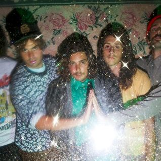 A mix by the Growlers