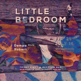 Robert & Oli_N (Little Beat Different)