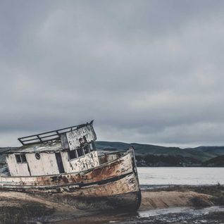 Abandoned boats costing taxpayers