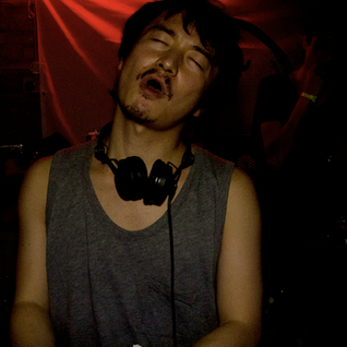 TOMOKI TAMURA MIX SHOW 002 LIVE DJ from London secret location,11 2012 UK