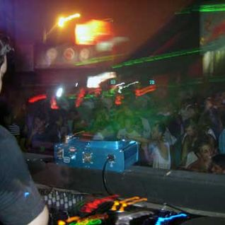 Andrew K @ Club Home, Lima, Peru (3 Mar, 2006)