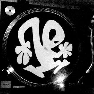 NoHa Vinyl DJ Mix : Turntable Sound … Found   WarmUp MXL50VYL