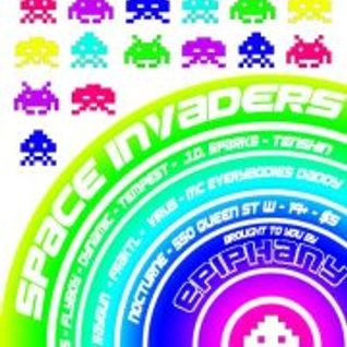 Live at Space Invaders (09/11/12)
