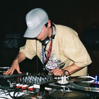 "Dj Nieko - ""Checking Out of Your World"" (Dj Mix - Recorded 3-17-07)"