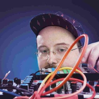 05 Mar 2015 - feat. DAN DEACON interview