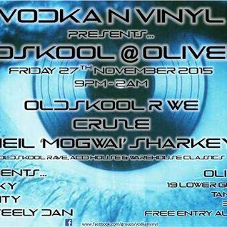 Dj Cruze Live @ Vodka'n'Vinyl 27.11.15