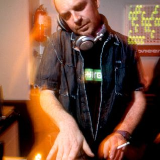Nick Warren - Live at Club Home, Budapest, Hungary (17-09-2004)