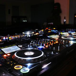 Héctor DJ Radio Show #5 (05.05.2014)