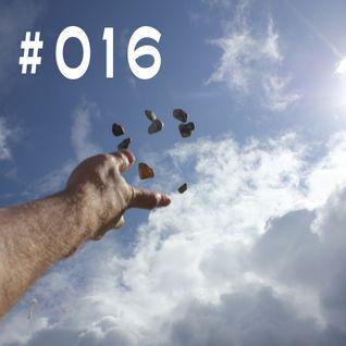 #016 ~ D90 ~ 1st August 2012 ~ Purple Radio