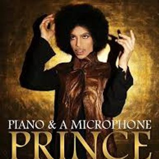 Prince - Piano and microphone - The Atlanta concert 2016