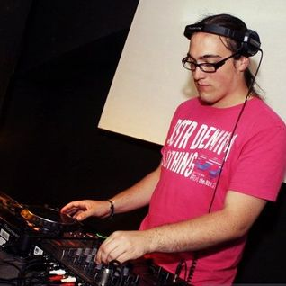 BeatSilent A.K.A. Szaszi Jr .- Live Mix 003@100% THM Rádió