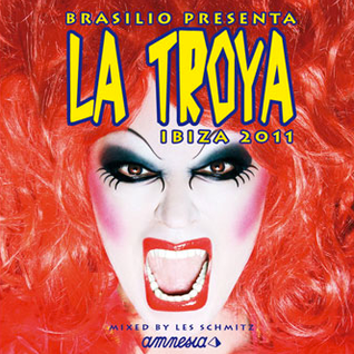 La Troya goes to the psychiatric @ Amnesia Ibiza by les Schmitz