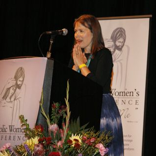 Clip: Dawn Eden at 2013 Catholic Women's Conference 'Receive Healing through the Wounds of Christ'