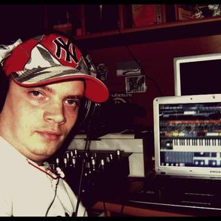 DAVID-M AKA DJ MOŁBI -Electronic Dance Music Producer_SetMix,Life Act_MixCloud.com_www.E-Stacja.rna
