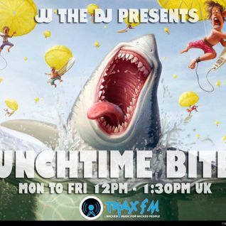 JJtheDJ LIVE in The Mix on JJ's Lunchtime Bites 30/11/2015 on www.traxfm.org