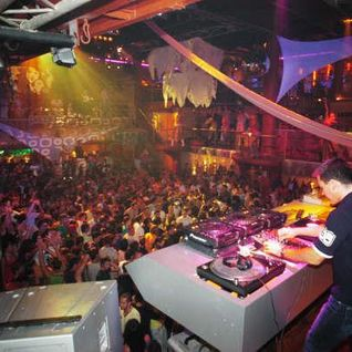 "Amnesia Ibiza Closing Party ""EL CIERRE"" 2011 - Part 3: Oliver Schmitz - Part 3"