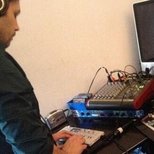 Fractal Meat 48 - 24th January 2014 - guest SCULPTURE (Dan Hayhurst) live in session